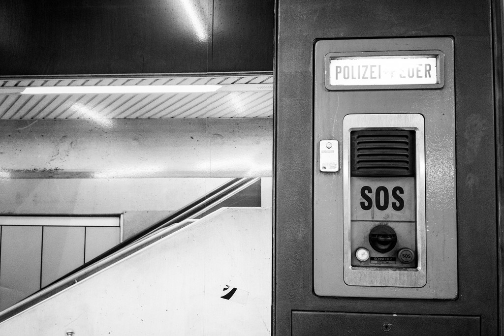Wednesday, February 18th, 2015 in Frankfurt - City - Number 050 of 366mm Save our souls station in the subway
