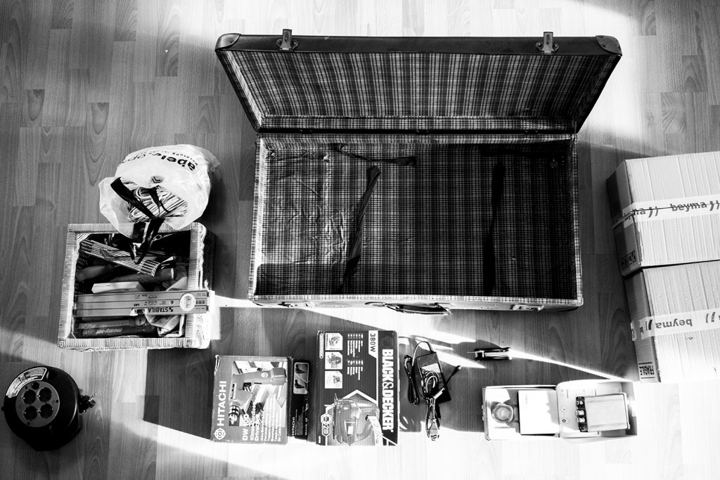 "Saturday, February 21st, 2015 in Frankfurt - Eschersheim - Number 053 of 366mm Shows all parts of the ""Suitcase-Speaker"" - before assembling"