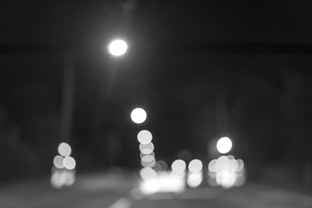 Monday, October 12th, 2015 in Frankfurt - Number 286 of 366mm Fuzzy street light out of the car